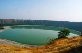 Un lago en la India cambio de color repentinamente - Jun 13, 2020