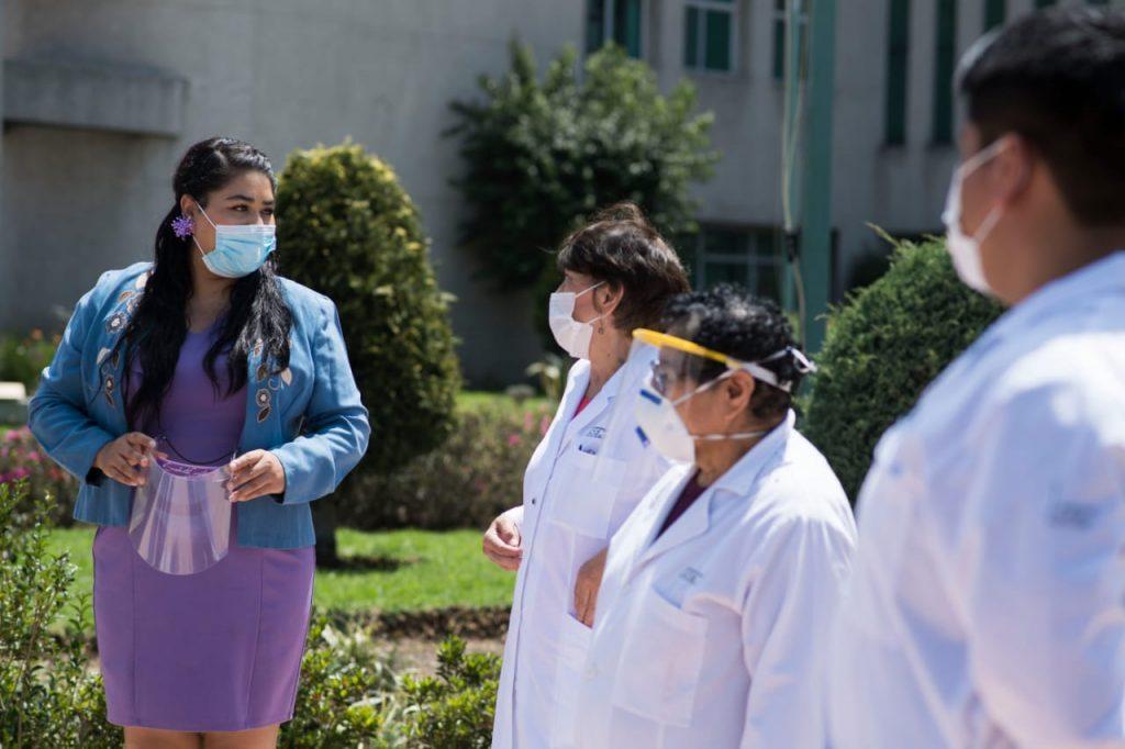 Entrega Diputada Esmeralda Moreno, mascarillas y guantes en hospital Adolfo López Mateos especializado en COVID-19 - Jul 27, 2020