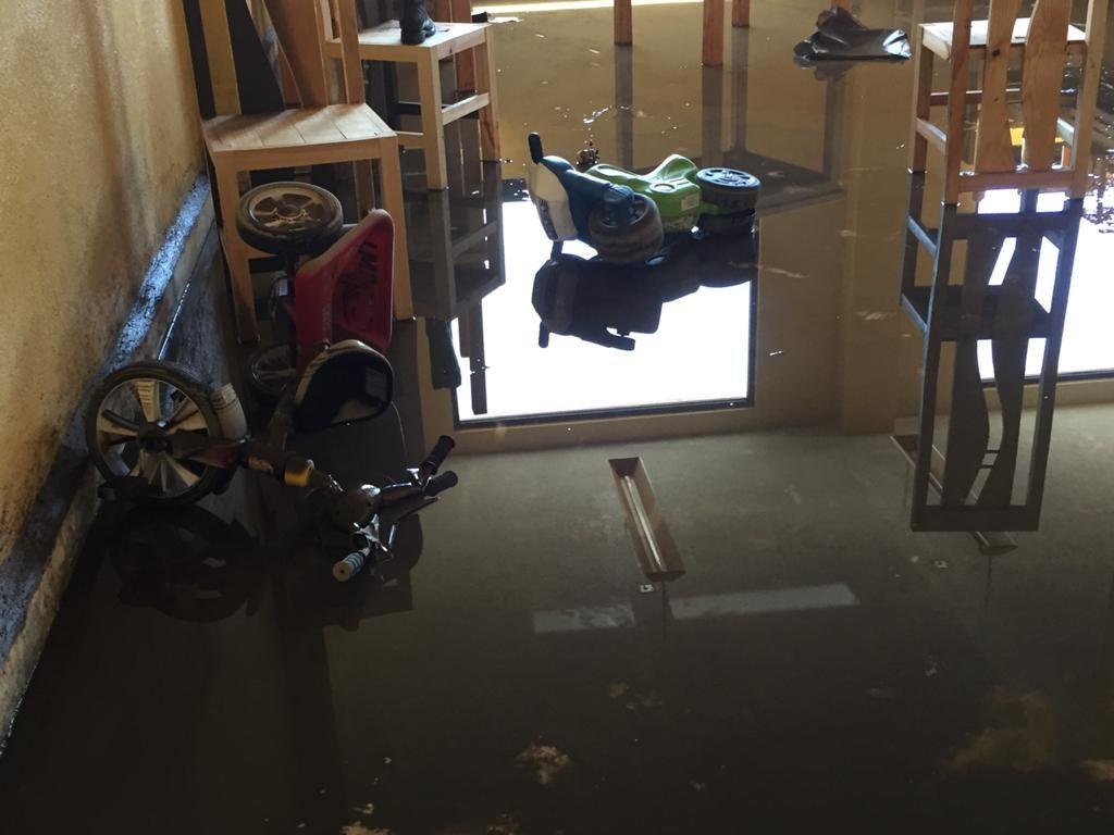 """Le llueve """"sobre mojado"""" a San Mateo Atenco; además de la pandemia ahora sortea inundaciones - Jul 24, 2020"""