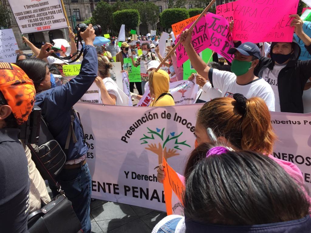 Se manifiestan en Toluca para apoyar Ley de Amnistía en la entidad - Jul 28, 2020