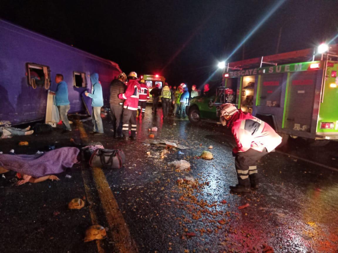 Suman 13 fallecidos por accidente en la México-Toluca - Ago 11, 2020