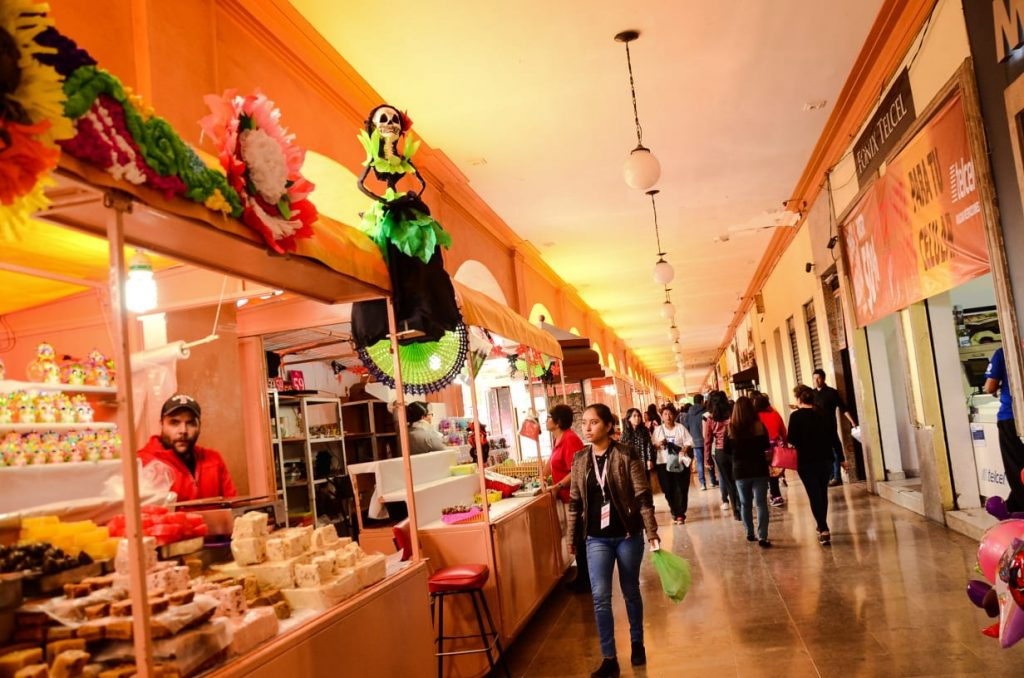 Lamentan toluqueños cancelación de la Feria del Alfeñique - Ago 19, 2020