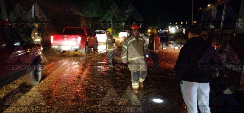 Fuertes lluvias provocan derrumbe en la Tenango-Tenancingo - Sep 17, 2020