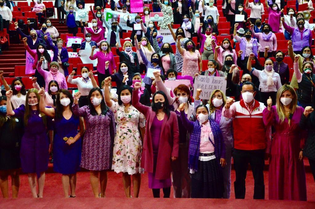 Toman protesta dirigencias municipales del ONMPRI Edomex - Sep 21, 2020