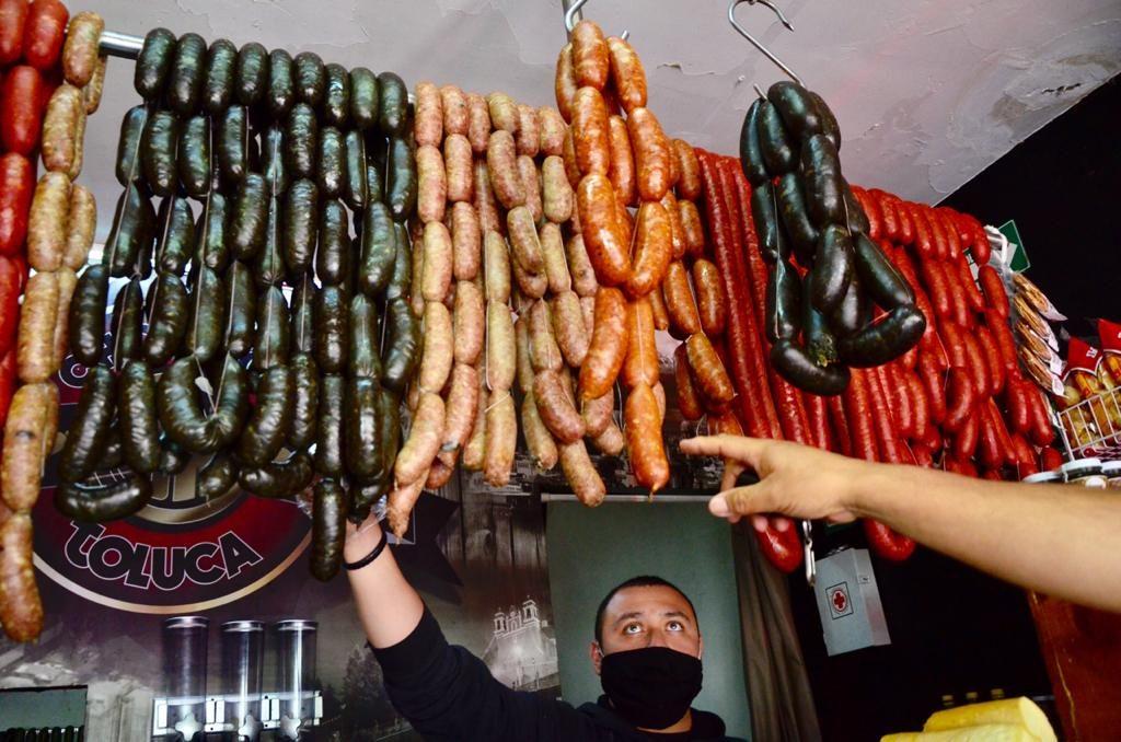 """Elaboran en Toluca el """"Chorizombie"""", un embutido de ultratumba - Oct 14, 2020"""