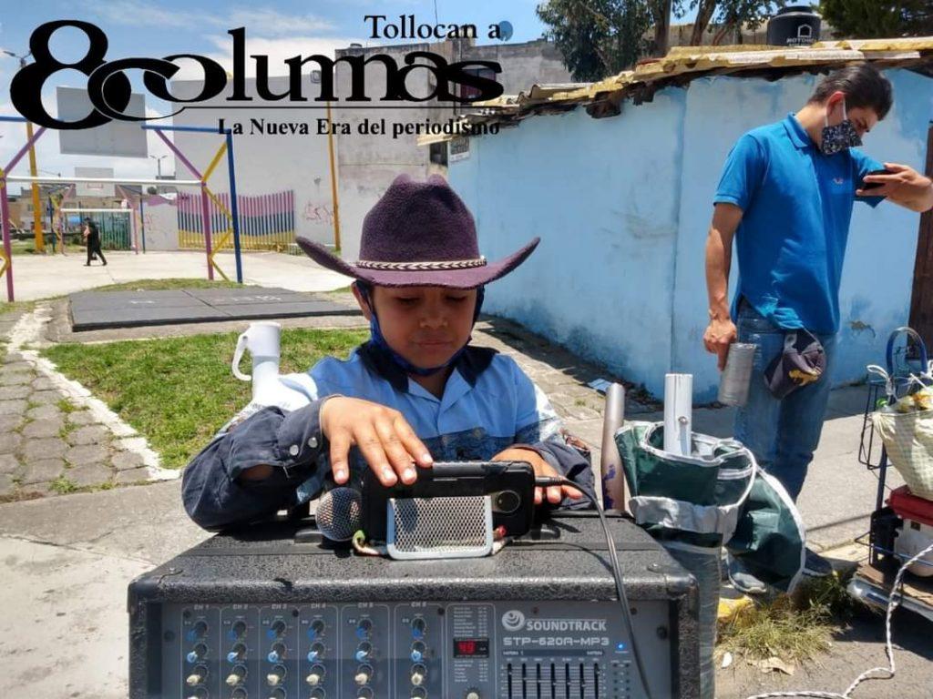 "Alberto ""El tigrito"" Terán, niño mexiquense que se gana la vida cantando - Nov 17, 2020"
