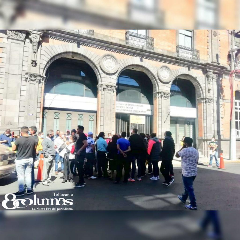 Funerarios vuelven a manifestarse en Toluca - Ene 21, 2021