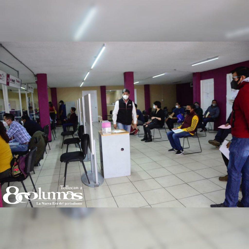 Largas filas en módulos del INE para tramitar credencial - Feb 10, 2021
