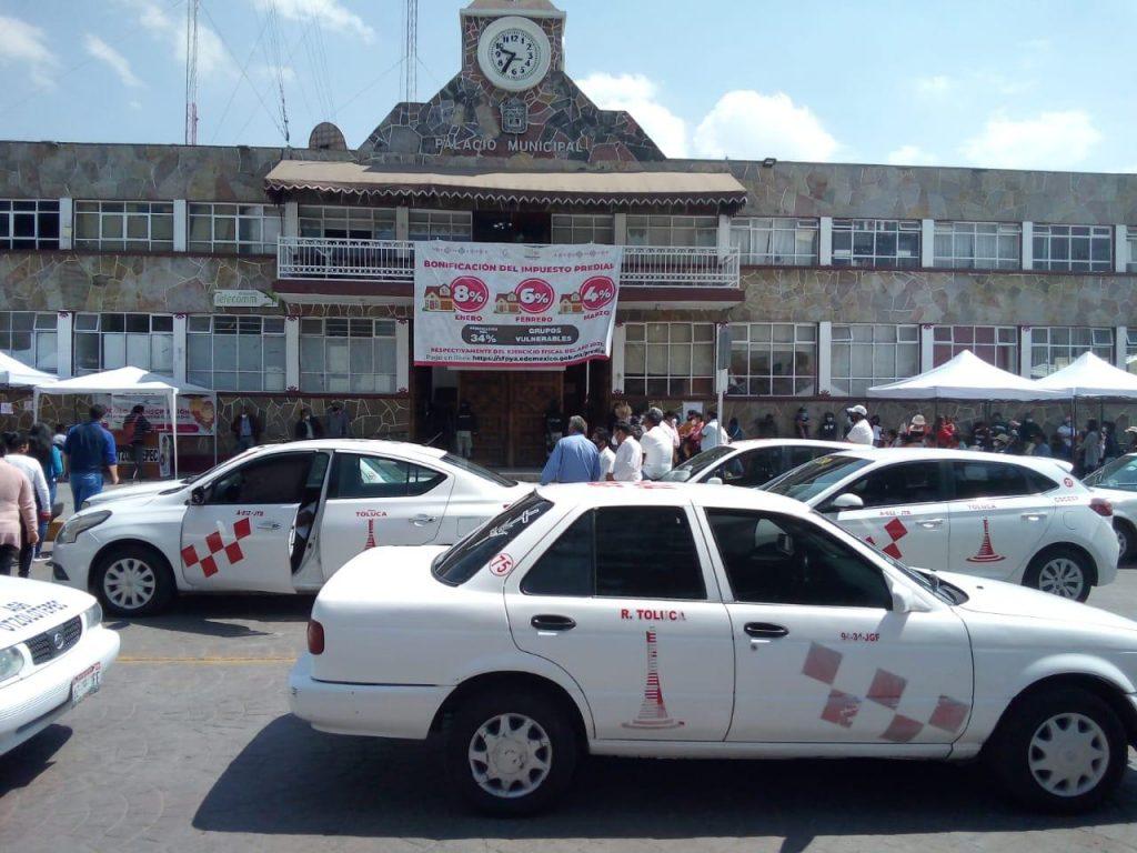 Taxistas arman manifestación en Otzolotepec - Mar 3, 2021