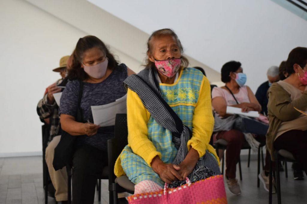 Continúa vacunación contra COVID-19 para adultos en Toluca - Mar 14, 2021