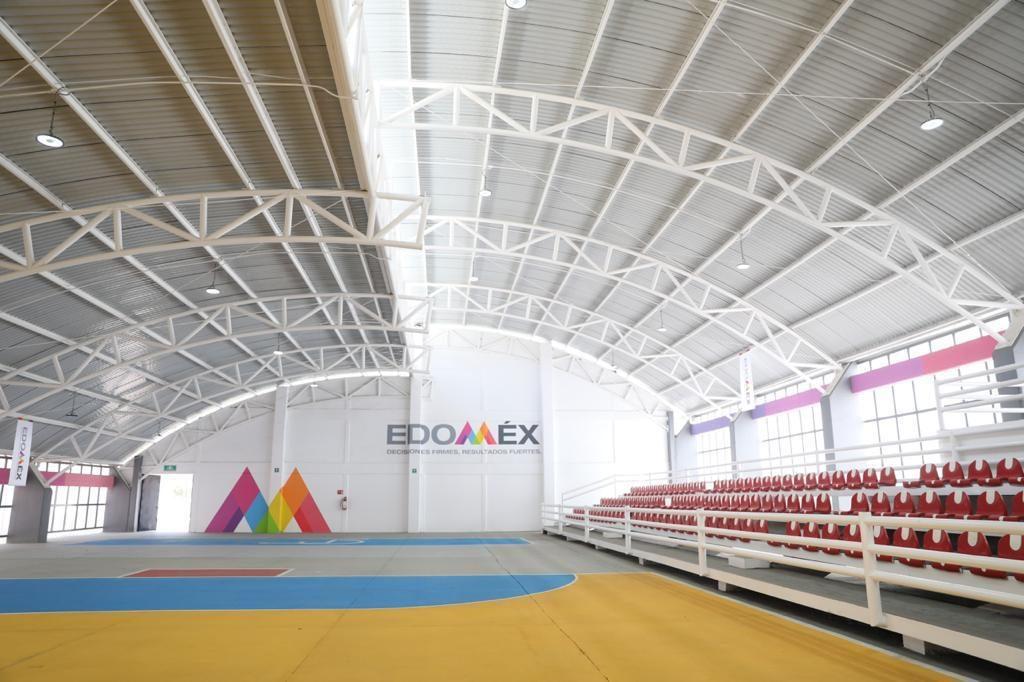 Entrega Alfredo del Mazo rehabilitación de la Unidad Deportiva de Amecameca - Mar 15, 2021