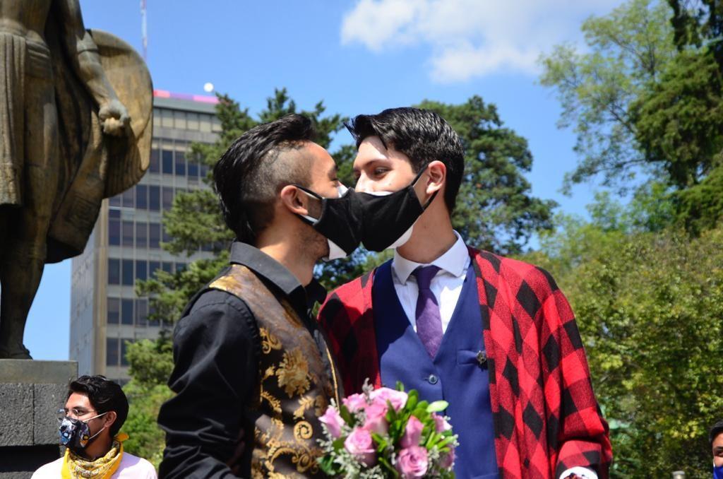 Con amparo logran boda gay en Toluca - Mar 21, 2021