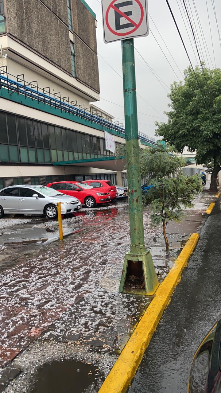 Fuerte granizada en Valle de Toluca - Abr 5, 2021