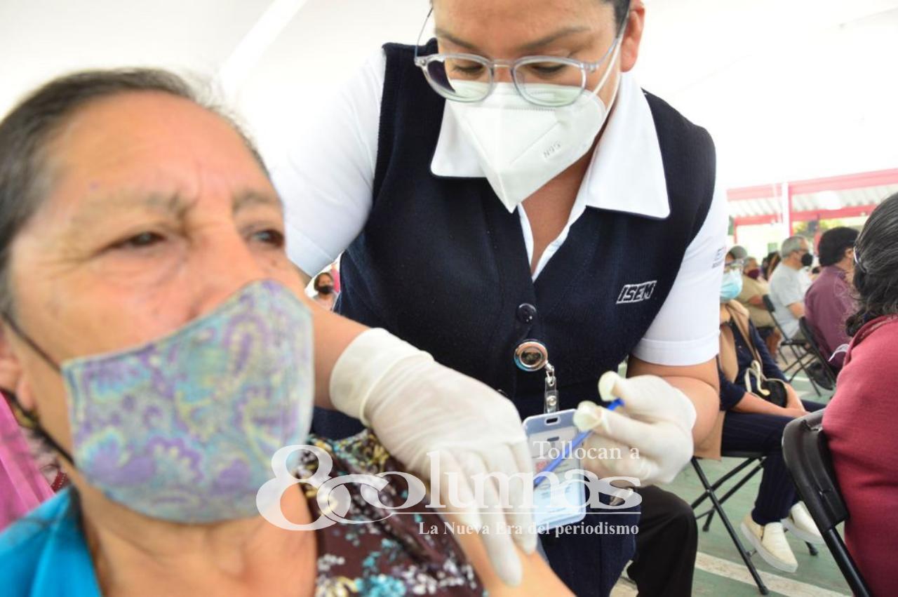 Inició aplicación de segunda dosis contra COVID en San Mateo Atenco - Abr 27, 2021