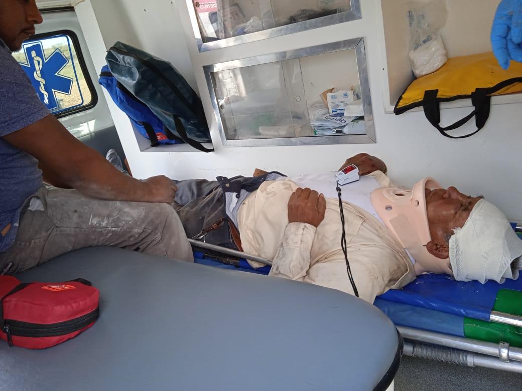 Volcadura deja cuatro lesionados, entre ellos una menor de 6 años - May 23, 2021