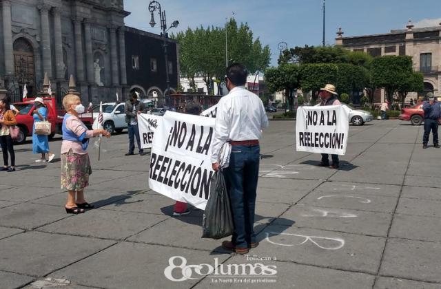 Morenistas de Toluca se manifiestan en la Plaza de los Mártires - May 2, 2021