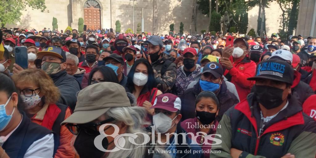 Trabajadores sindicalizados de Toluca reclaman pago de prima vacacional y quincena - Jul 16, 2021