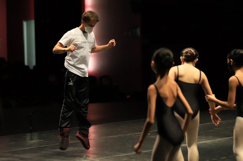 Elisa Carrillo y Mikhail Kaniskin analizan el futuro de la danza en el festival danzatlán 2021 - Ago 4, 2021