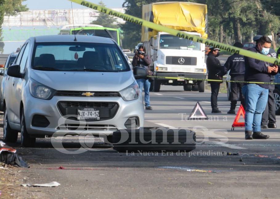 Rueda de tráiler mata a una mujer en la Toluca-Palmillas - Ago 24, 2021