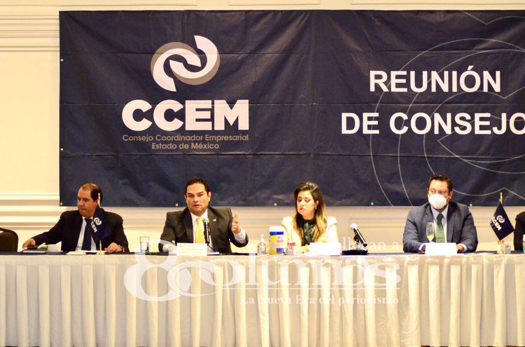 """Recursos de jóvenes """"Sin Futuro"""" debieron ser para empresas: Enrique Vargas - Sep 22, 2021"""